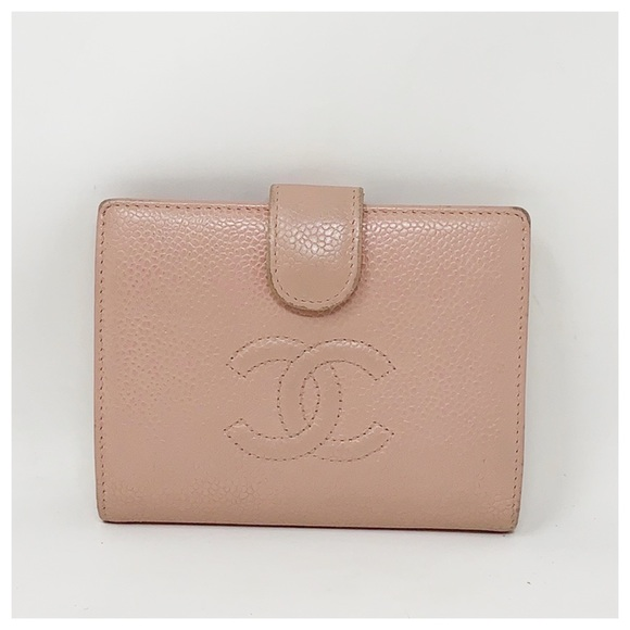 CHANEL Handbags - Chanel Authentic CC Caviar Leather Bifold Wallet